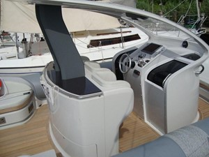 Pirelli PZero 1400 Yacht Edition 10