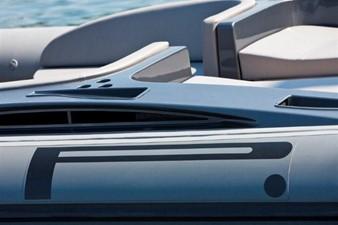 Pirelli PZero 1400 Yacht Edition 15