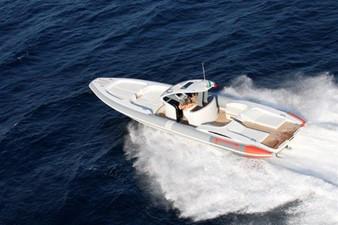 Pirelli PZero 1400 Yacht Edition 18