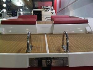 Pirelli PZERO 1100 Yacht Tender (Inboard Diesel) 28