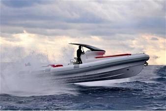 Pirelli PZERO 1100 Yacht Tender (Inboard Diesel) 6 Pirelli PZERO 1100 Yacht Tender (Inboard Diesel) 2021 PIRELLI PZERO 1100 CABIN Boats Yacht MLS #102128 6