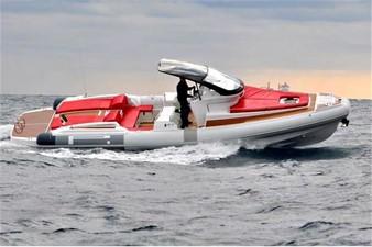 Pirelli PZERO 1100 Yacht Tender (Inboard Diesel) 2 Pirelli PZERO 1100 Yacht Tender (Inboard Diesel) 2021 PIRELLI PZERO 1100 CABIN Boats Yacht MLS #102128 2