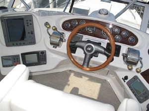 No Name 4 No Name 2001 SEA RAY 400 Sedan Bridge **FRESH WATER** Motor Yacht Yacht MLS #106431 4