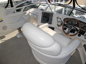 No Name 6 No Name 2001 SEA RAY 400 Sedan Bridge **FRESH WATER** Motor Yacht Yacht MLS #106431 6