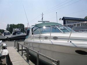 Knot on Call 2 Knot on Call 1994 SEA RAY 370 Express Cruiser ***FRESH WATER*** Cruising Yacht Yacht MLS #114135 2