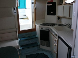 Knot on Call 6 Knot on Call 1994 SEA RAY 370 Express Cruiser ***FRESH WATER*** Cruising Yacht Yacht MLS #114135 6