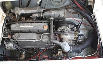 Bank Runner 5 Stbd Motor
