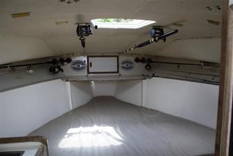 V-berth with Overhead rod storage