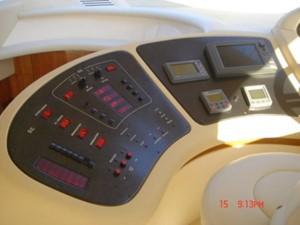 KYKNOS 1 KYKNOS 2005 AZIMUT YACHTS 46 EVOLUTION MY Motor Yacht Yacht MLS #122670 1