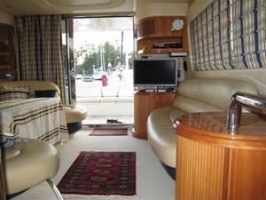 KYKNOS 6 KYKNOS 2005 AZIMUT YACHTS 46 EVOLUTION MY Motor Yacht Yacht MLS #122670 6