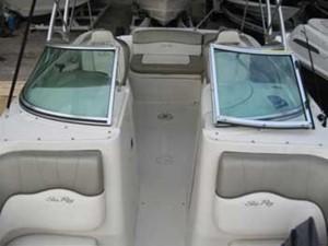 Sea Ray 220 Sundeck 2
