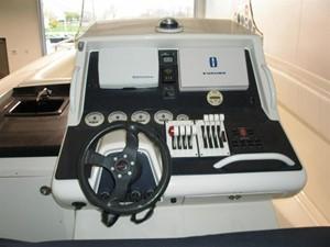 No Name 4 No Name 2005 MIDNIGHT EXPRESS POWERBOATS 39 Cuddy Cabin Cruising Yacht Yacht MLS #124543 4