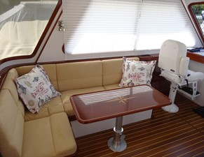 Settee Converts to Berth