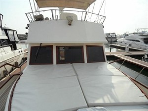Custom Trawler 54 17
