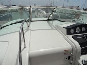 Sea Ray 330 Sundancer 7