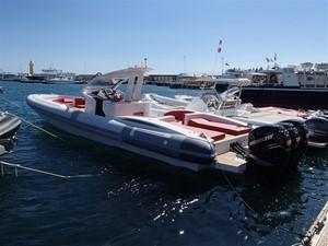Pirelli PZero 1400 Outboard Edition 7