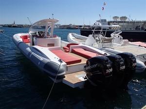 Pirelli PZero 1400 Outboard Edition 8