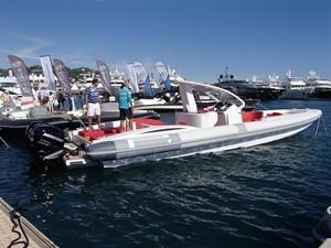 Pirelli PZero 1400 Outboard Edition 6