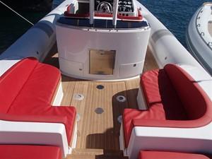 Pirelli PZero 1400 Outboard Edition 17
