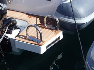 Pirelli PZero 1400 Outboard Edition 12