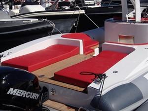 Pirelli PZero 1400 Outboard Edition 13