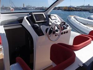 Pirelli PZero 1400 Outboard Edition 23