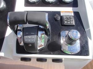 Pirelli PZero 1400 Outboard Edition 25