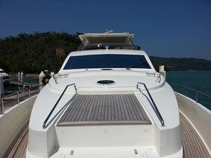 Aicon 85 Flybridge - Flybridge