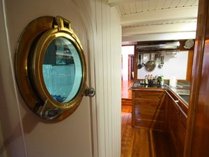 Ketch Classic Yacht 28m - Galley