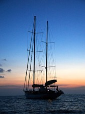 Ketch Classic Yacht 28m - Sunset Cruise