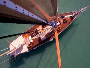Ketch Classic Yacht 28m - Bird eye view from mast