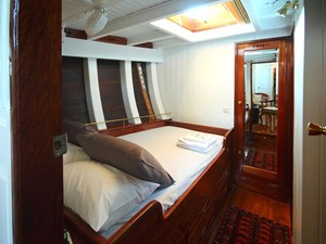Ketch Classic Yacht 28m - Cabin