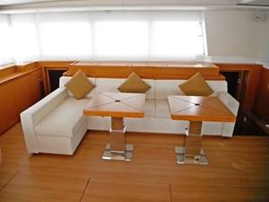 Lagon 620 -  Saloon (starboard)