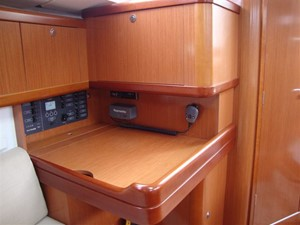 2009 Beneteau Oceanis 34 - Chart Table