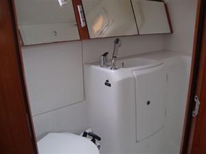 2009 Beneteau Oceanis 34 - Sink