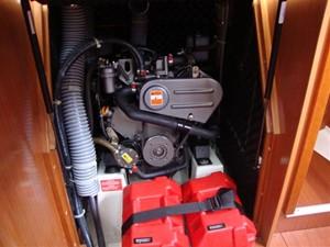2009 Beneteau Oceanis 34 - Engine