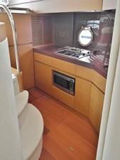 Azimut 43 Flybridge - galley