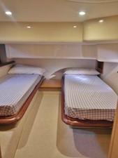 Azimut 43 Flybridge - cabin