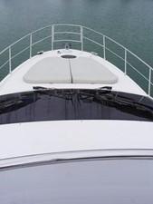 Azimut 43 Flybridge - bow