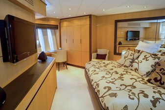 A&O 7 A&O 2008 PERSHING Pershing 90 Motor Yacht Yacht MLS #214273 7