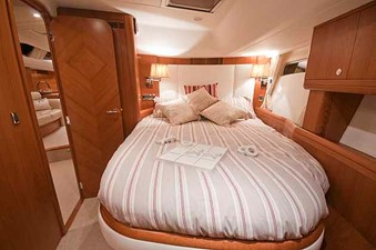 MUSTIQUE 7 MUSTIQUE 2005 VT HALMATIC Moody 66 Cruising Sailboat Yacht MLS #215764 7