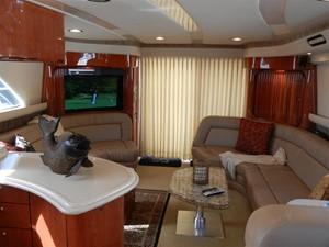 20/20 7 20/20 2000 SEA RAY 560 Sedan Bridge Motor Yacht Yacht MLS #216371 7