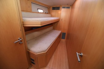 ROULETTE 5 ROULETTE 2007 OYSTER MARINE LTD Oyster 655 Cruising Sailboat Yacht MLS #218343 5