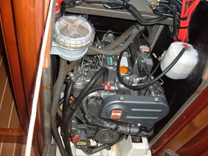 Lagazuoi  19 Yanmar engine
