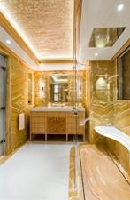 Solandge 24 VIP Bathroom 2