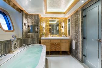Solandge 23 VIP Bathroom 1