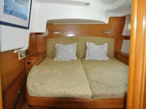 Lagoon 440 5 Lagoon 440 2004 LAGOON 440 Cruising Sailboat Yacht MLS #220117 5