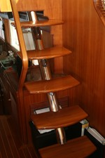 Floating Stairs to Flybridge
