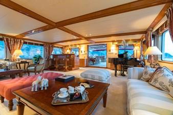 4_180712_ITASCA_Sun deck lounge_Hi-1245-credit Quin BISSET