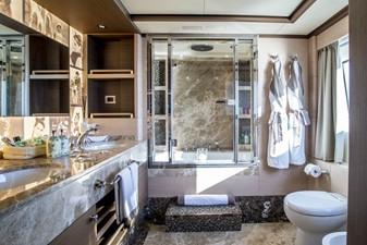 SOY AMOR 16 master-bathroom